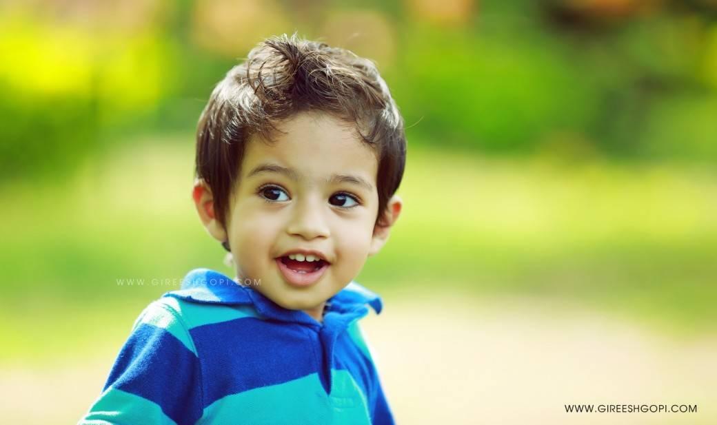 Tiny tots strikes a pose for Kids photography Gireesh Gopi